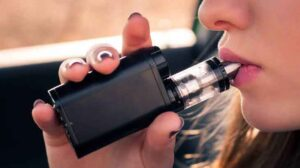 ARE YOU NEW TO VAPING? WHAT IS E-CIGARETTE